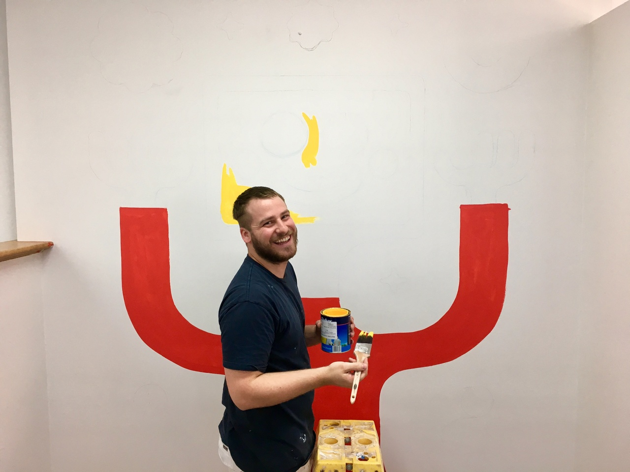 Tim Meakins - A happy mural maker.